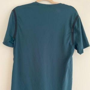 Lululemon men's running shirt (medium)